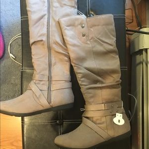 Shoes - Grey knee high slouched boots